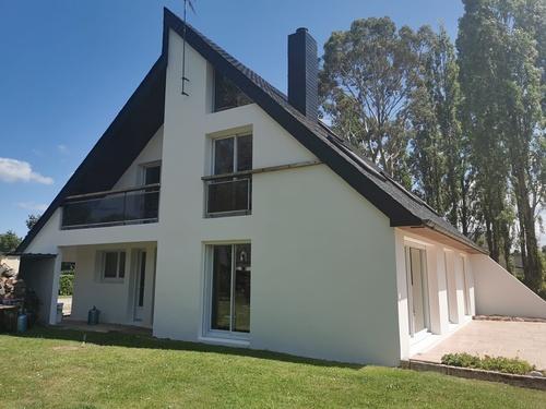 Rénovation complète d''une toiture et d''une façade