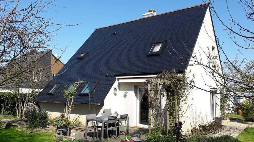 Traitement hydrofuge sur toiture en ardoises naturelles - Trégueux (22) 2117b931-5758-47ee-9bda-30f8b8476000